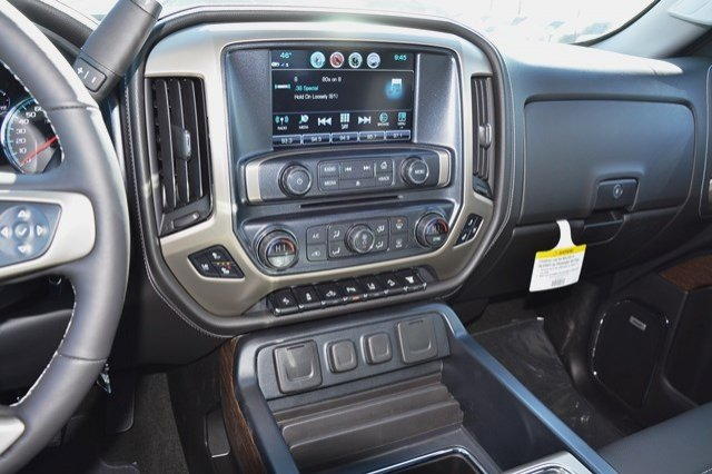 2017 Sierra 3500 Crew Cab 4x4, Pickup #17G879 - photo 23