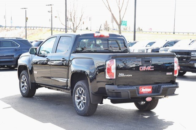 2017 Canyon Crew Cab 4x4, Pickup #17G880 - photo 2