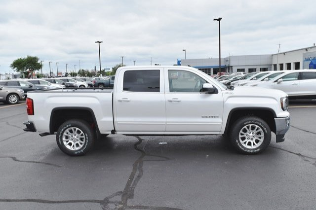 2018 Sierra 1500 Crew Cab 4x4,  Pickup #18G1075 - photo 18
