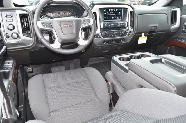 2018 Sierra 1500 Crew Cab 4x4,  Pickup #18G1075 - photo 3