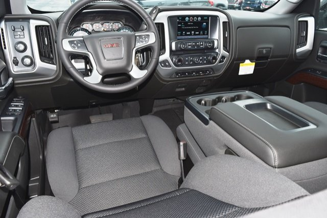 2018 Sierra 1500 Crew Cab 4x4,  Pickup #18G1086 - photo 3
