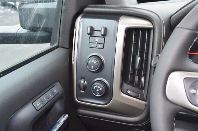 2018 Sierra 3500 Crew Cab 4x4 Pickup #18G509 - photo 23