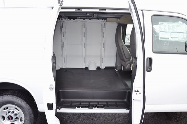 2018 Savana 2500, Cargo Van #18G648 - photo 14
