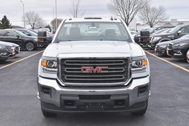 2019 Sierra 3500 Regular Cab DRW 4x4,  Cab Chassis #19G104 - photo 12