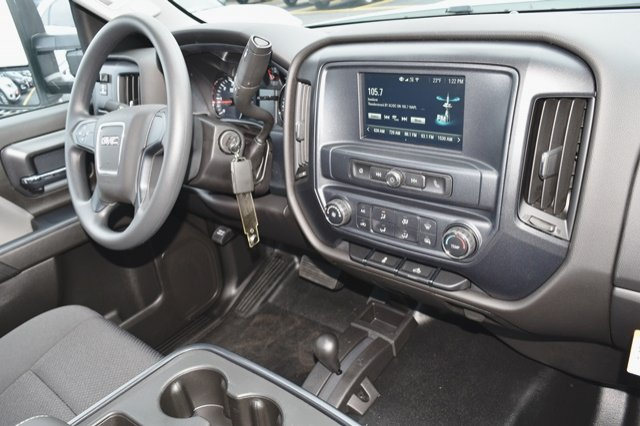 2019 Sierra 3500 Regular Cab DRW 4x4,  Cab Chassis #19G104 - photo 17
