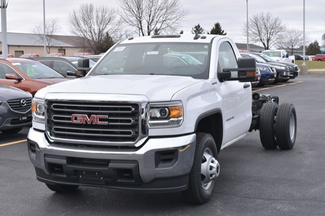 2019 Sierra 3500 Regular Cab DRW 4x4,  Cab Chassis #19G104 - photo 9