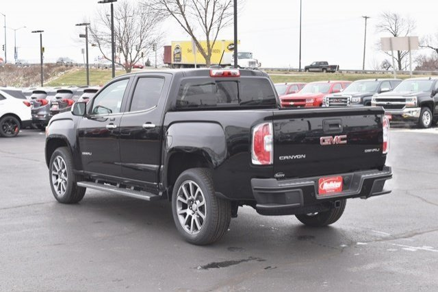 2019 Canyon Crew Cab 4x4,  Pickup #19G164 - photo 2