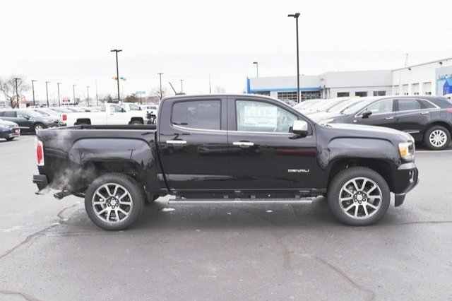 2019 Canyon Crew Cab 4x4,  Pickup #19G164 - photo 18