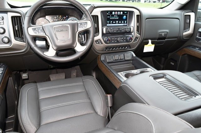 2019 Sierra 2500 Crew Cab 4x4,  Pickup #19G320 - photo 6