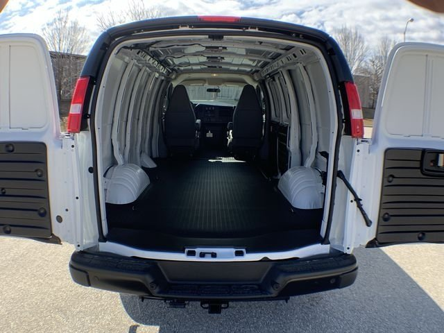 2019 Savana 2500 4x2,  Empty Cargo Van #19G327 - photo 13