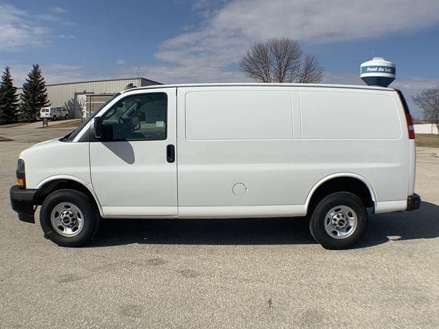 2019 Savana 2500 4x2,  Empty Cargo Van #19G327 - photo 4