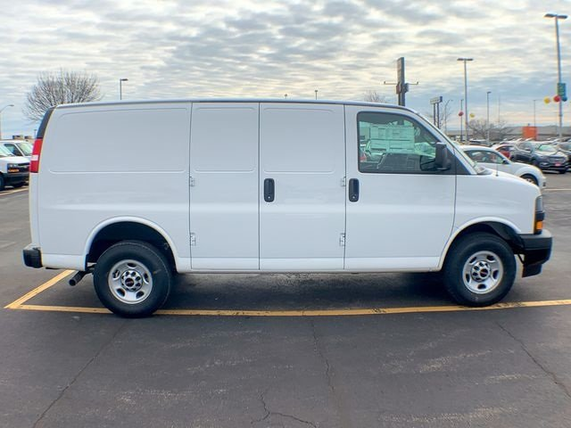2019 Savana 2500 4x2,  Empty Cargo Van #19G393 - photo 1