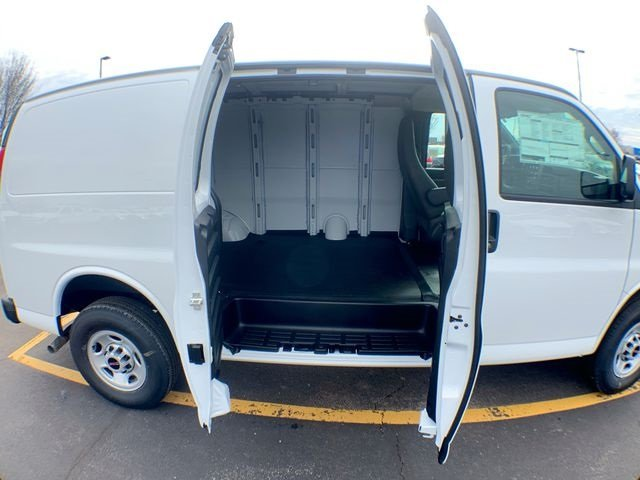 2019 Savana 2500 4x2,  Empty Cargo Van #19G393 - photo 19