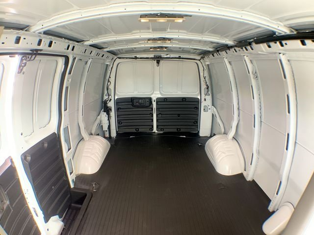 2019 Savana 2500 4x2,  Empty Cargo Van #19G393 - photo 20