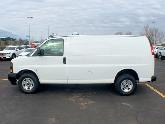 2019 Savana 2500 4x2,  Empty Cargo Van #19G393 - photo 3