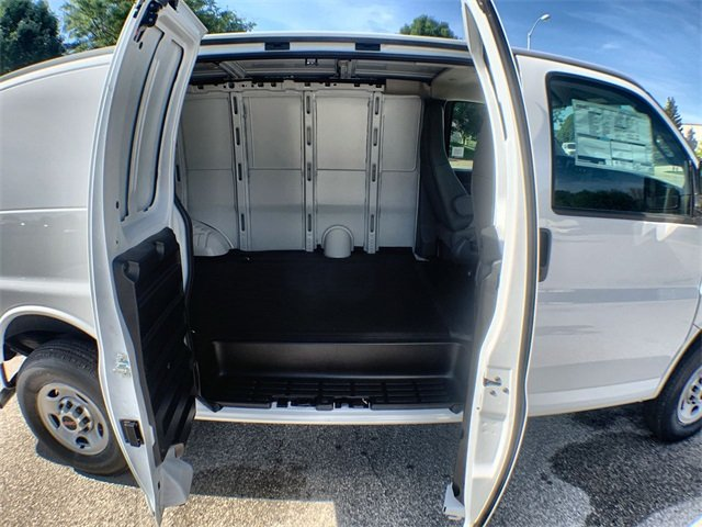 2019 Savana 2500 4x2,  Empty Cargo Van #19G452 - photo 20