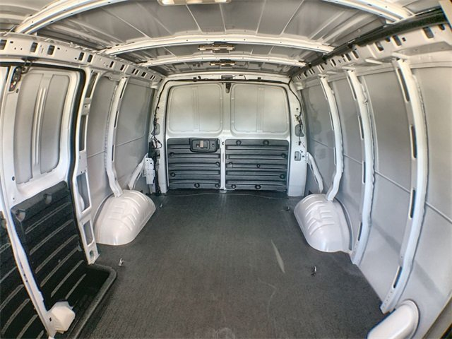 2019 Savana 2500 4x2,  Empty Cargo Van #19G452 - photo 21
