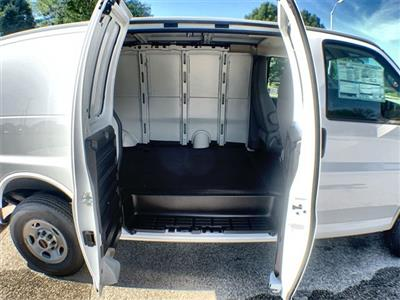 2019 Savana 2500 4x2,  Empty Cargo Van #19G465 - photo 20
