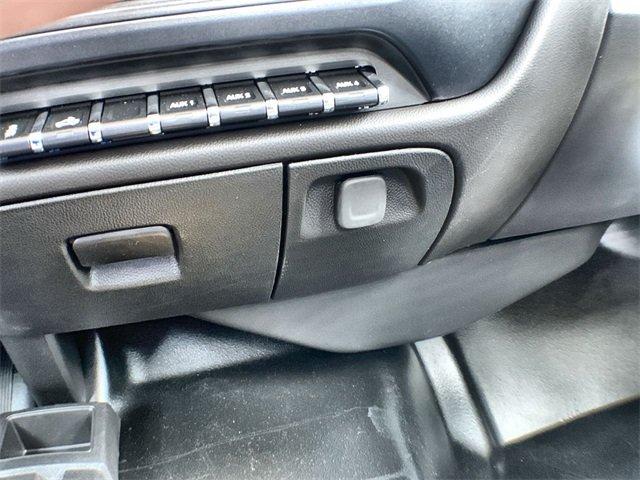 2019 Sierra 3500 Regular Cab DRW 4x4,  Monroe MTE-Zee Dump Body #19G529 - photo 27