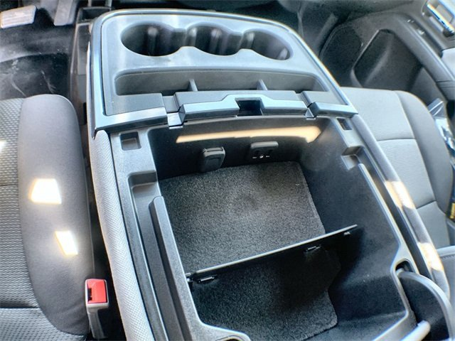 2019 Sierra 3500 Regular Cab DRW 4x4,  Monroe MTE-Zee Dump Body #19G529 - photo 28