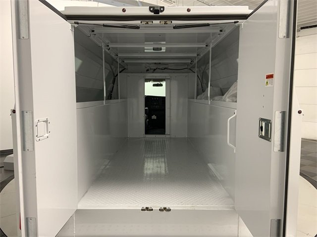 2019 GMC Savana 3500 RWD, Reading RVSL Service Utility Van #19G595 - photo 8