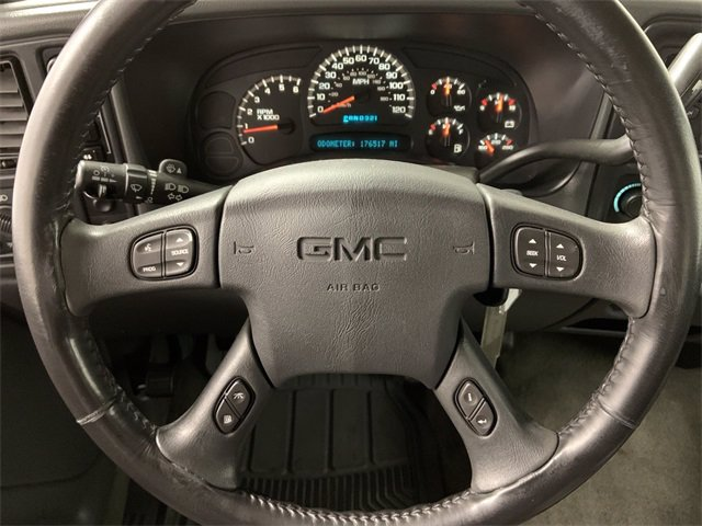2005 GMC Sierra 1500 Crew Cab 4x4, Pickup #21M32B - photo 12