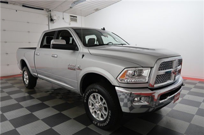 2017 Ram 2500 Crew Cab 4x4 Pickup #A6469 - photo 7