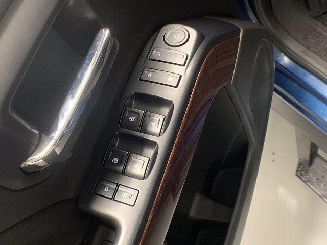 2017 Sierra 1500 Crew Cab 4x4,  Pickup #W2355 - photo 9