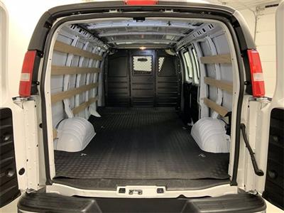 2019 GMC Savana 2500 4x2, Empty Cargo Van #W4009 - photo 2
