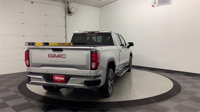 2020 GMC Sierra 1500 Crew Cab 4x4, Pickup #W4282 - photo 2