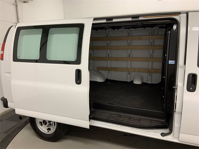 2019 GMC Savana 2500 RWD, Empty Cargo Van #W4556 - photo 20