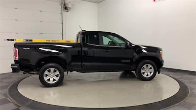 2018 GMC Canyon Extended Cab 4x4, Pickup #W5894 - photo 2