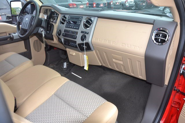 2016 F-250 Regular Cab, Pickup #16F318 - photo 14