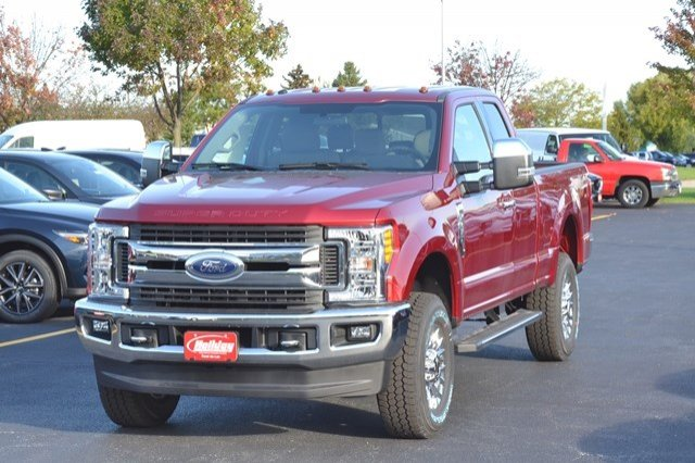 2017 F-250 Super Cab 4x4 Pickup #17F1168 - photo 3