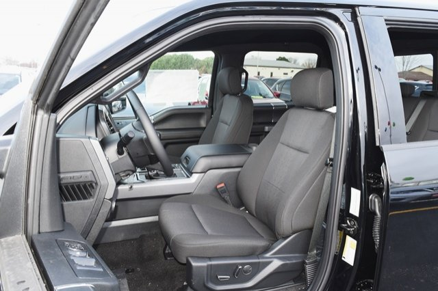 2018 Ford F-150 SuperCrew Cab 4x4, Pickup #W6043 - photo 6