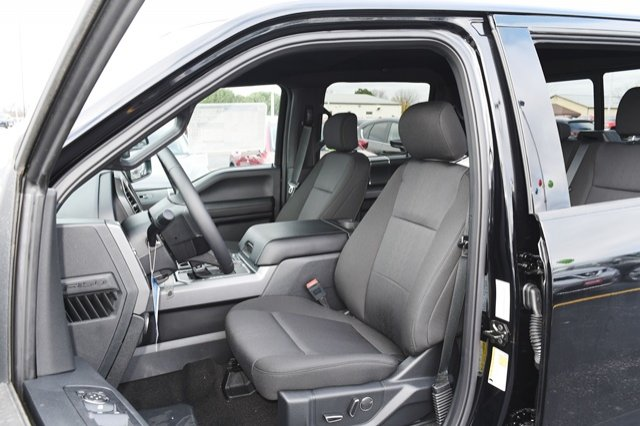 2018 F-150 SuperCrew Cab 4x4,  Pickup #18F1123 - photo 10