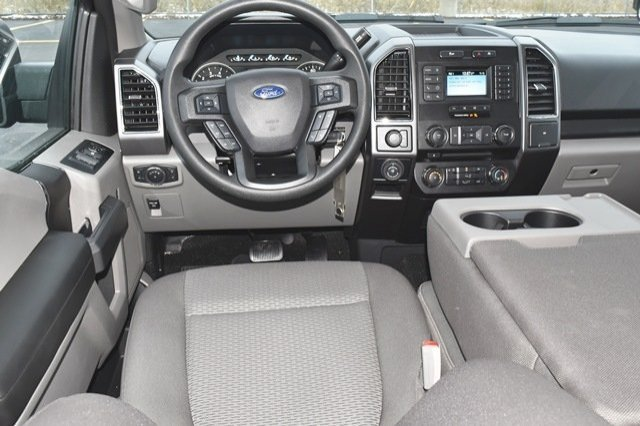 2018 F-150 SuperCrew Cab 4x4,  Pickup #18F1194 - photo 20