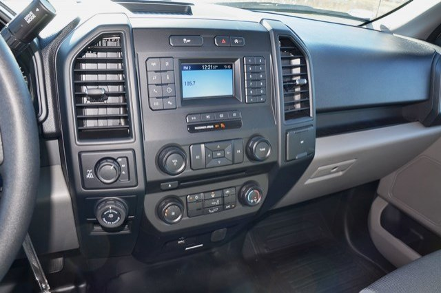 2018 F-150 Regular Cab 4x4 Pickup #18F168 - photo 19