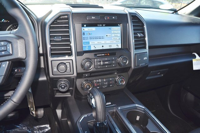 2018 F-150 Crew Cab 4x4, Pickup #18F201 - photo 23