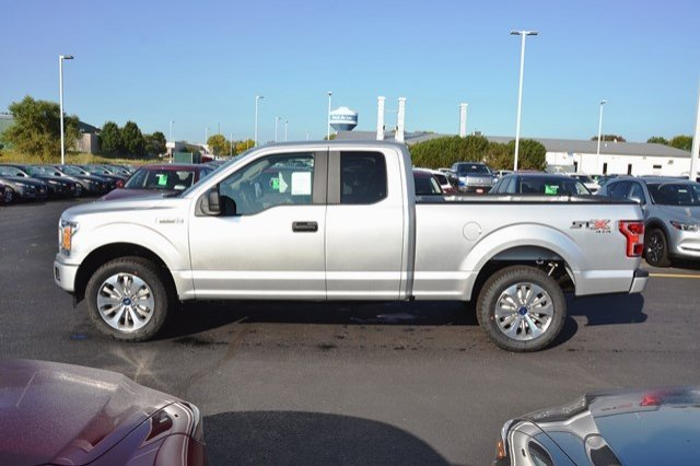 2018 F-150 Super Cab 4x4 Pickup #18F26 - photo 4