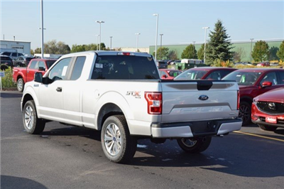 2018 F-150 Super Cab 4x4 Pickup #18F26 - photo 2