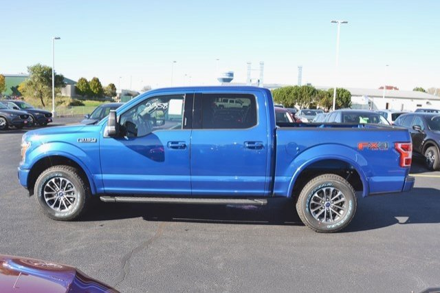 2018 F-150 Crew Cab 4x4, Pickup #18F27 - photo 4