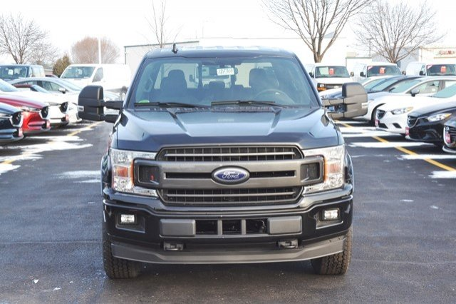 2018 F-150 Crew Cab 4x4, Pickup #18F309 - photo 9