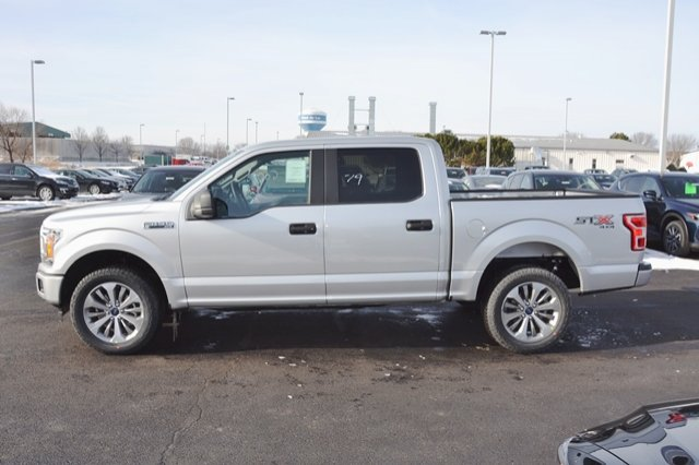 2018 F-150 Crew Cab 4x4, Pickup #18F310 - photo 4