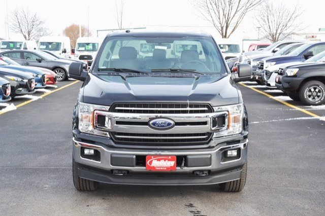 2018 F-150 Regular Cab 4x4, Pickup #18F404 - photo 9