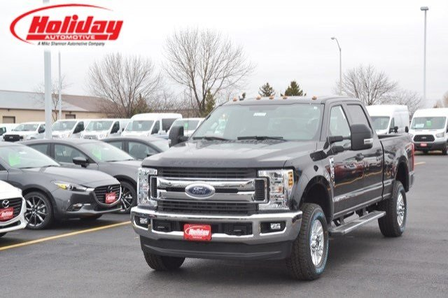 2018 F-250 Crew Cab 4x4,  Pickup #18F581 - photo 1