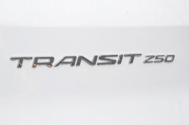 2018 Transit 250 Cargo Van #18F59 - photo 29