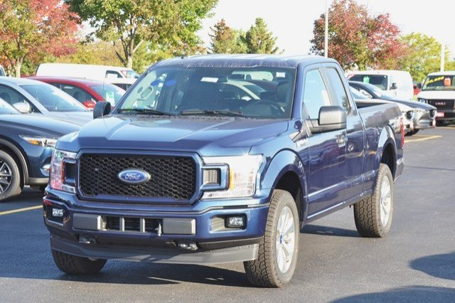 2018 F-150 Super Cab 4x4, Pickup #18F6 - photo 3