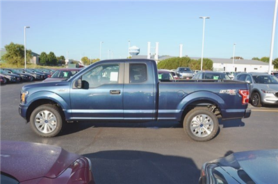 2018 F-150 Super Cab 4x4, Pickup #18F6 - photo 4