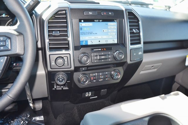 2018 F-150 Crew Cab 4x4 Pickup #18F71 - photo 16